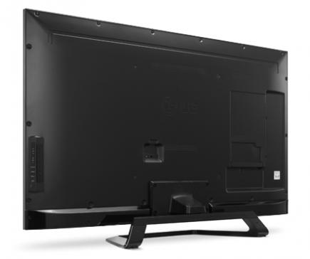 LG 42LM670S: vista 3/4 posteriore