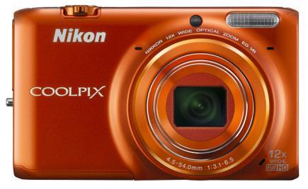 nikon coolpix s6500 fronte arancione