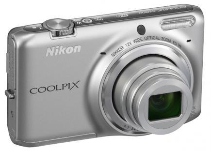 nikon coolpix s6500 3/4 argento