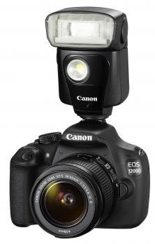 canon eos 1200d 3/4 con flash